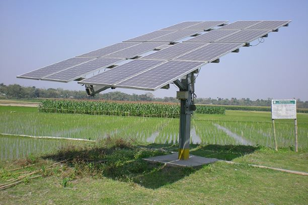 A solar panel in the farmland planted under PM KUSUM scheme