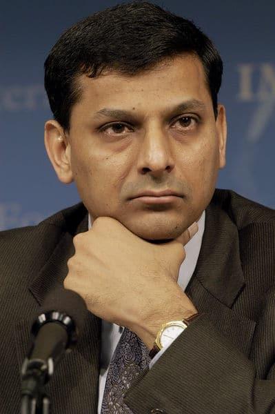 Raghuram Rajan Warns RBI About the Effect of Pandemic